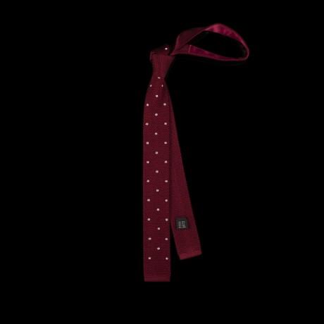 Megztas vyno spalvos šilkinis kaklaraištis su baltais žirneliais