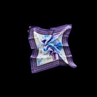 Violetinė šilkinė skara-fuliaras su raktų raštais
